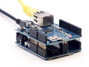 Arduino Uno с Ethernet шилдом W5100